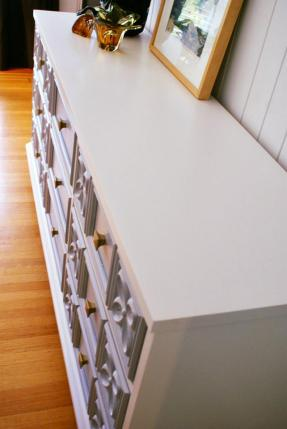 Madison Dresser Top