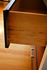 Maxim drawer side