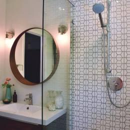 Modern Hexagon Bathroom Details